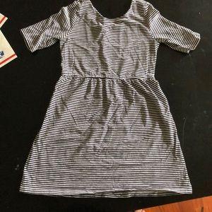 Girls Old Navy black/white strip dress CUTE